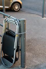 Marseille (monsieur ours) Tags: marseille france chair chaise cadenas lock street rue