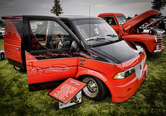 Drummers Van outside (HTT) (13skies) Tags: vintage outside drive wheels machine beat drumming van carshow classy
