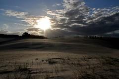 IMG_4114 (Stephanietekka) Tags: brazil sun nature brasil pessoas cu es nuvem dunas silhueta itanas