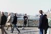 Artist in Pont des Arts, Paris (Holanda R.) Tags: paris des mais bonita pont das bela artes namorados romantico artista musico cadeados