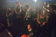 crowd4350em