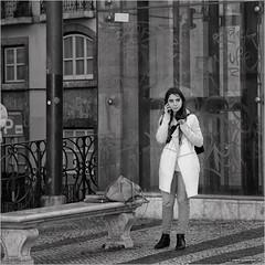 Can you pick me up? (John Riper) Tags: street bw woman white man black portugal glass girl monochrome smart lady canon john bench bag square photography mono phone zwartwit lisboa lisbon candid l grafity ringing iphone 6d 24105 youn straatfotografie riper johnriper