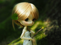 Faerie Dust (Saga) Tags: wood green girl forest doll wand magic dal queen full sparkle fairy pullip dust custom faerie oonagh