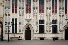 The romantic musician (Mario Graziano) Tags: brugge vlaanderen belgium be romantic musician romantico musicista bruges belgio