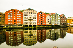 Trondheim Reflections, Norway (Norge) (Samuel Scherer Photography) Tags: canon eos 7d mark ii tamron 16300mm norwegen norway norge reflection spiegelungen trondheim typical