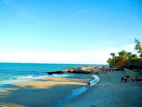 hua-hin-beach-thailand