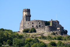 63 Volvic - Tournoël Château XII XIV XV (Herve_R 03) Tags: france castle architecture château auvergne puydedôme