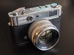 20150411-0004 (www.cjo.info) Tags: 35mm rangefinder vintagecamera yashica oldcamera classiccamera yashicalynx14 compactrangefinder geocity camera:make=olympusimagingcorp geostate geocountrys exif:make=olympusimagingcorp exif:focallength=25mm exif:aperture=ƒ56 exif:lens=leicadgsummilux25f14 exif:isospeed=400 camera:model=em10 exif:model=em10