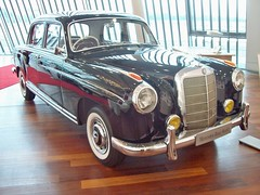 167 Mercedes 220S Pontoon (1958) (robertknight16) Tags: germany mercedes 180 1950s pontoon goldfinger brooklands 220s mercedesworld