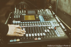 Open 46 (Federico Fulcheri Photo) Tags: people music canon mixer controls sound