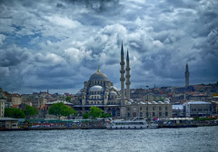 The New Mosque in Istanbul, Turkey (` Toshio ') Tags: water clouds turkey river boat minaret istanbul mosque constantinople toshio suleymaniyemosque xe2 fujixe2