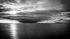 storm front (JS-photographie) Tags: sea sky seascape norway clouds landscape norge blackwhite fuji norwegen fujifilm monochrom landschaft fujinon hurtigruten xe1 postschiff xf1855284