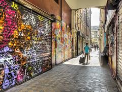 Street art (Olivier DESMET) Tags: street people streetart paris graffiti fuji graphic candid tag fujifilm streetphoto rue hdr x20 photosderue olivierdesmet