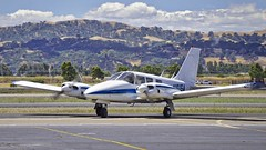 Piper Seneca PA-34-200 N101SA. Livermore Airport California. 2016. (planepics43) Tags: california tower weather oakland landing turbo piper takeoff pilot cessna 172 p51 182 pitts pa34 p40 livermoreairport pa34200 claytoneddy tracyairport 17crossfeed