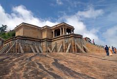 Shravanabelagola (Sanjay P. K.) Tags: india architecture karnataka hindu hoysala