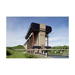 Strepy-Thieu (Franois Lichtl) Tags: hainaut wallonie wallonia belgique belgium belgi architecture civilengineering bton concrete bridge pont canal tiltshift