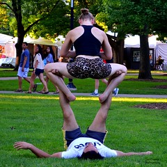 Great Leg Action (FrogLuv) Tags: annarbormichigan summer aa a2 streetphotography candid 2016annarborartfairs yoga universityofmichigan um uofm michigan