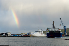A rainbow, a ferry and a research ship (jaeschol) Tags: a758 beautempsbeaupr europa faroeislands forschungsschiff france fhre mssmyril ssl schifffahrt servicehydrographiqueetocanographiquedelamarine strandfaraskiplandsins transport trshavn streymoy fo