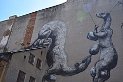 d - old, new and under construction (JoannaRB2009) Tags: mural art building city old d lodz polska poland dzkie lodzkie urban