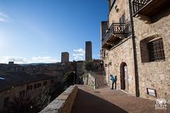 Balconata panoramica (andrea.prave) Tags: italien italy tower italia torre towers tuscany siena sangimignano toscana toscane italie torri toskana          discovertuscany visittuscany