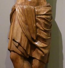 un perizonium, des perizonia ou cinquante nuances de Grès (canecrabe) Tags: christ musée crucifixion barcelone tissu pagne plissé madamegrès perizonium museufredericmarèsideulovol