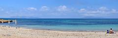 Noi due e il mare (danars) Tags: mare acqua ombrelloni sicilia trapani favignana marsala levanzo santeodoro mammaefiglia