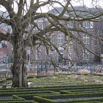 "Rijksmuseum garden<a href=""http://www.flickr.com/photos/28211982@N07/16144937163/"" target=""_blank"">View on Flickr</a>"