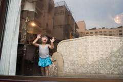 * (Sakulchai Sikitikul) Tags: street reflection window girl 35mm thailand sony voigtlander crying streetphotography snap songkhla hatyai a7s