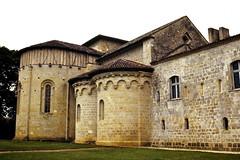 Où sommes-nous? Abbaye de Flaran, Gers. (Marie-Hélène Cingal) Tags: colombages abbaye flaran gers 32