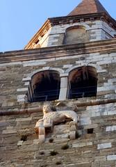 buie, campanile di san servolo (violica) Tags: croatia campanile croazia istria hrvatska buie sanservolo towerbell leonedisanmarco buje lionofsaintmark svservula