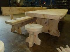 P1010277 (serafinocugnod) Tags: legno tavoli