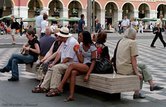 Nice (Natali Antonovich) Tags: street portrait france hat architecture nice couple pair hats lifestyle ctedazur relaxation frenchriviera hatisalwaysfashionable