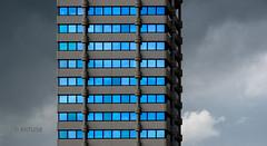 Blue Skyscraper (ARTUS8f) Tags: color colour paul flickr wolken struktur blau wuppertal farbe symmetrie modernearchitektur schneideresleben