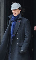 2293222d (Sherlocked.dk) Tags: male london hat fashion set tv alone britain 10 location personality actor series holmes filming apr sherlock programme benedict deerstalker 2013 as cumberbatch 16834034