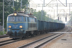 PKP CARGO ET22-788 , Wrocaw Lenica train station 13.06.2016 (szogun000) Tags: railroad station electric train canon tren engine poland polska rail railway cargo locomotive coal trem treno freight e30 locomotora lokomotive wrocaw pkp locomotiva pocig   lokomotywa elektrowz lowersilesia dolnolskie dolnylsk towarowy et22 pkpcargo wrocawlenica canoneos550d canonefs18135mmf3556is et22788 d29275