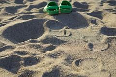 A due passi dal mare..(Way to the Sea) (Gianluca De Dominici) Tags: sea print boot sand mare traces sabbia impronte