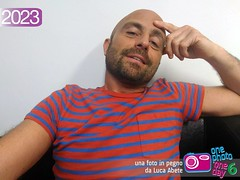 Foto in Pegno n 2023 (Luca Abete ONEphotoONEday) Tags: me relax 14 riposo giugno selfie poltrona 2016 seduto 2023
