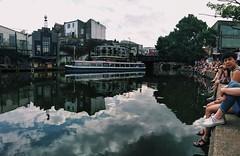 #London #England #Camdentown #Travel #people #goodtime #relax #Londres #viaje #ciudad #city #river (cristinacascalsg) Tags: city travel viaje england people london river relax ciudad londres camdentown goodtime