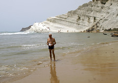 me_Scala_dei_Turchi_4953 (Manohar_Auroville) Tags: girls sea italy white beach beauty seaside rocks perspectives special scala sicily luigi dei agrigento fedele turchi scaladeiturchi manohar