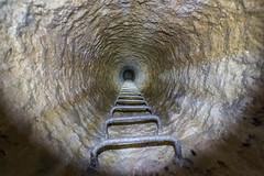 Pas d'concessions, que des concrtions (Bre) Tags: paris underground pause exploration quarry souterrain carrire calcaire puit longue accs