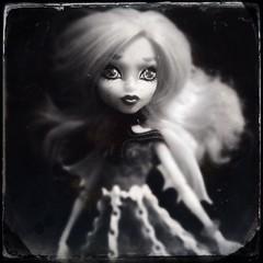 Rochelle float (waterrbrer) Tags: haunted bxw monsterhigh rochellegoyle gettingghostly