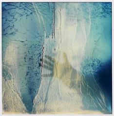 """""""L'ge de glace"""" (La T / Tiziana Nanni) Tags: film ice glass polaroid sx70 luca hand analogue filmscan impossible vetro ghiaccio polaroidsx70 pellicola analogico istantanea eraglaciale iamyou tizianananni"""