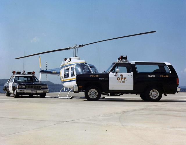 ontario vintage police vehicle opp chevroletcaprice ontarioprovincialpolice policemuseum dodgeramcharger belllongrangerhelicopter