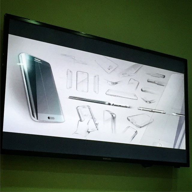 The actual design sketches of the #Samsung Galaxy S6 edge. #s6edge #technology #gadget