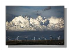 HOMENAJE A LAS NUBES (Juan J. Marqués) Tags: blanco azul cielo nubesinteresantes