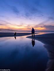 Best Friends (IrreBerenT) Tags: sunset sea beach cantabria sanvicentedelabarquera sounrise irreberente