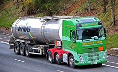 VOLVO FH 460 - HARRY LAWSON Broughty Ferry Angus (scotrailm 63A) Tags: trucks tankers lawson lorries