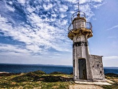 #bozcaada #denizfeneri #lighthouse #nikon #d7100 #photography #blue #mavi #amateurphotography #sky #sea #Türkiye #Turkey (nahroruno) Tags: blue sea sky lighthouse turkey photography nikon türkiye mavi bozcaada denizfeneri amateurphotography d7100