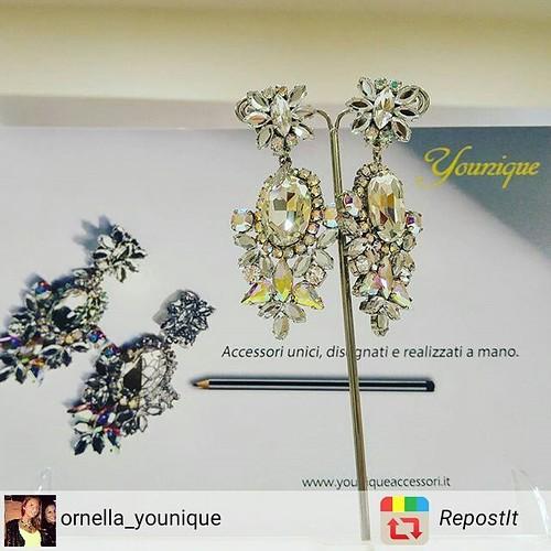 Accessori UNICI disegnati e realizzati a MANO!💎 @younique_accessori Diffidate dalle imitazioni! #RepostIt_app #fashionjewellery #bijoux #instagood #furry #instabday #sunlight #wedding #face #bed #trees #accessori #personalizzati #madeinitaly #unici #s