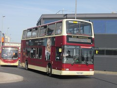 East Yorkshire 687 YX53AON Hull Interchange on 60 (1280x960) (dearingbuspix) Tags: eastyorkshire 687 eyms yx53aon